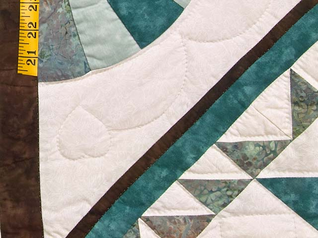 King Teal and Brown Flying Geese Log Cabin Medallion Quilt Photo 5