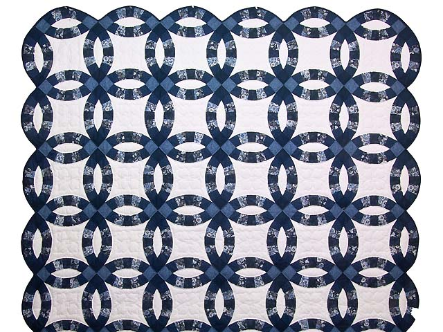 Navy Blue and Cream Double Wedding Ring Quilt Photo 2