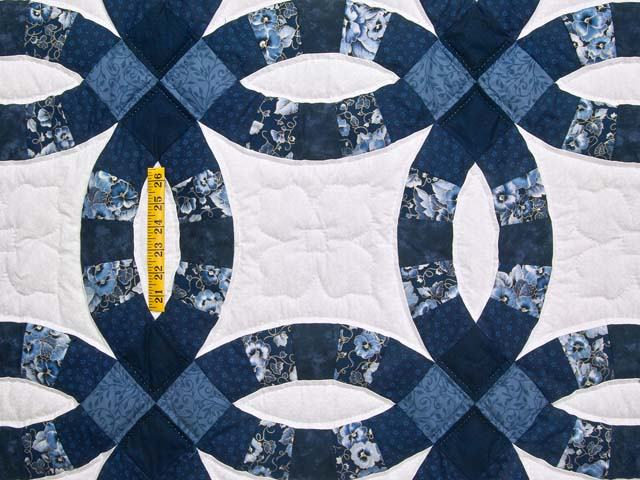 Navy Blue and Cream Double Wedding Ring Quilt Photo 4