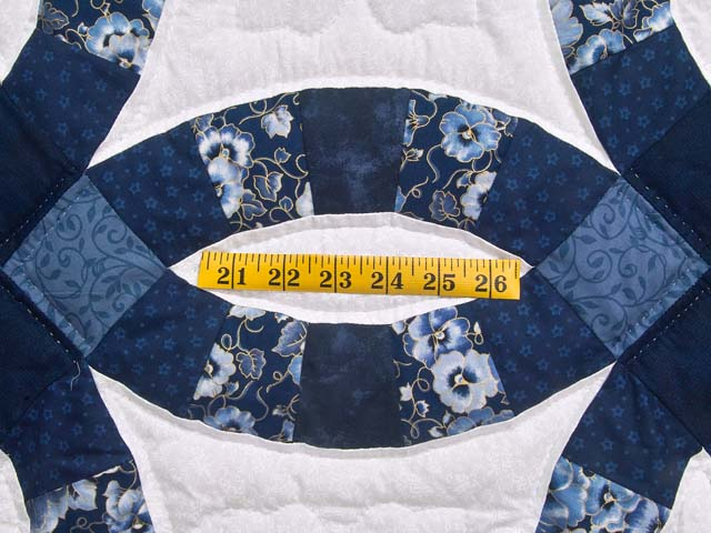 Navy Blue and Cream Double Wedding Ring Quilt Photo 5