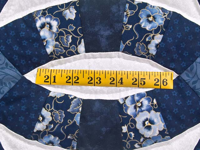 Navy Blue and Cream Double Wedding Ring Quilt Photo 6
