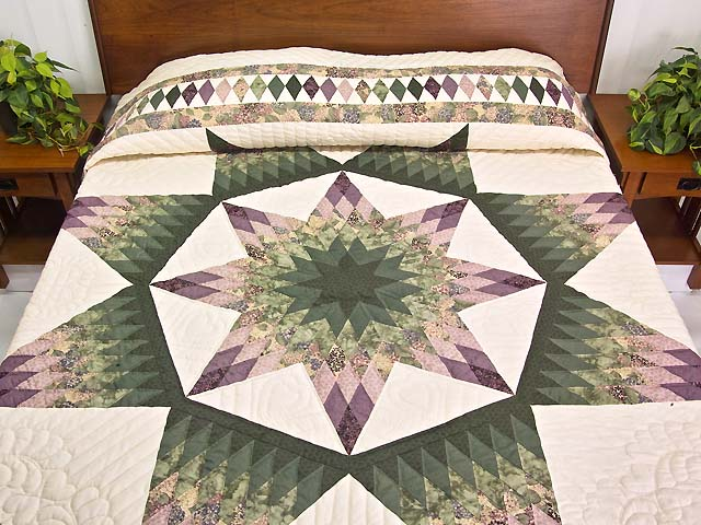 Green and Purple Royal Star of Alabama Quilt Photo 1