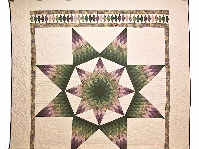 Green and Purple Royal Star of Alabama Quilt Photo 2
