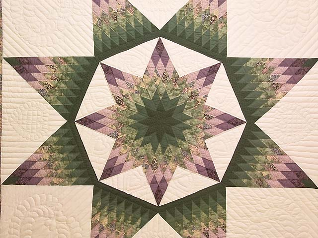 Green and Purple Royal Star of Alabama Quilt Photo 3
