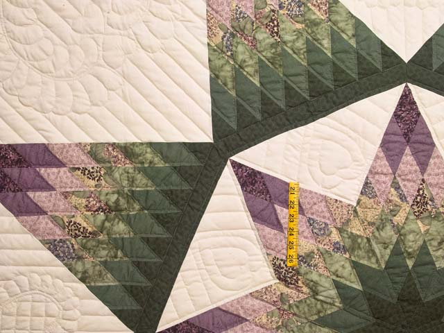 Green and Purple Royal Star of Alabama Quilt Photo 4