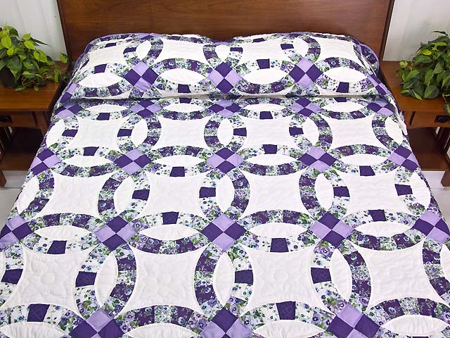 lavender and green double wedding ring quilt photo 1 - Double Wedding Ring Quilt Pattern
