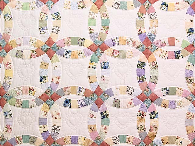 King Pastel Double Wedding Ring Quilt Photo 3