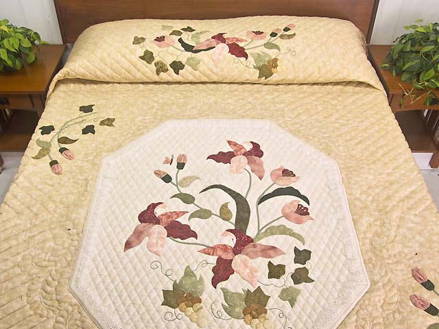 King Pink Rose and Golden Tan Petal Showcase Quilt Photo 1