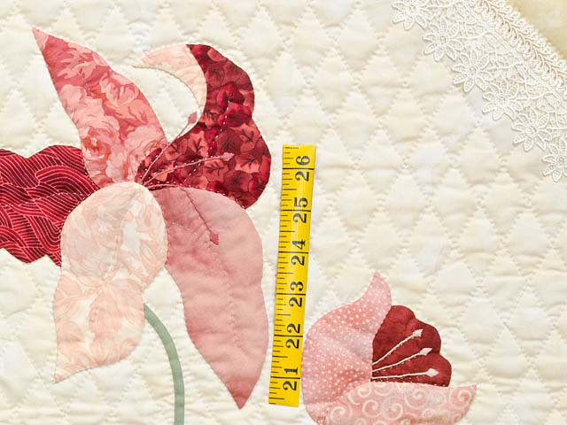 King Pink Rose and Golden Tan Petal Showcase Quilt Photo 5