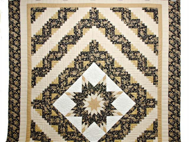 Golden Tan and Black Lone Star Log Cabin Quilt Photo 2