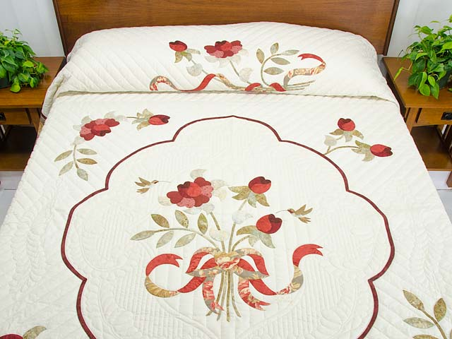 Red Taupe and Gold Lancaster Treasures Quilt Photo 1