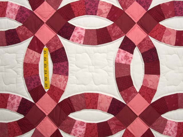Double Wedding Ring Quilt great adeptly made Amish Quilts from