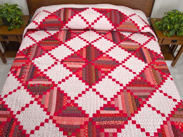 Bright Red Log Cabin Quilt Photo 1