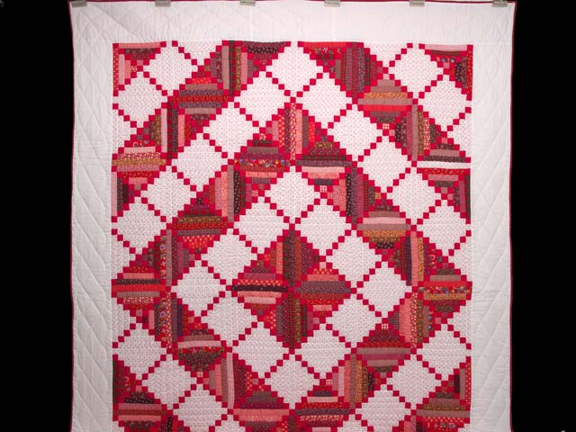 Bright Red Log Cabin Quilt Photo 2