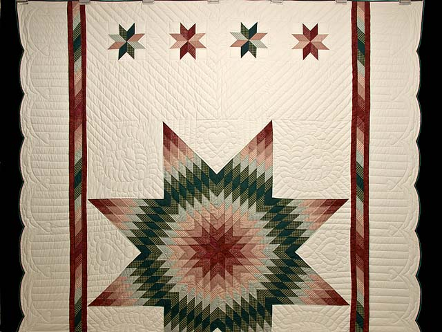 Burgundy and Green Plaid Lone Star Quilt Photo 2