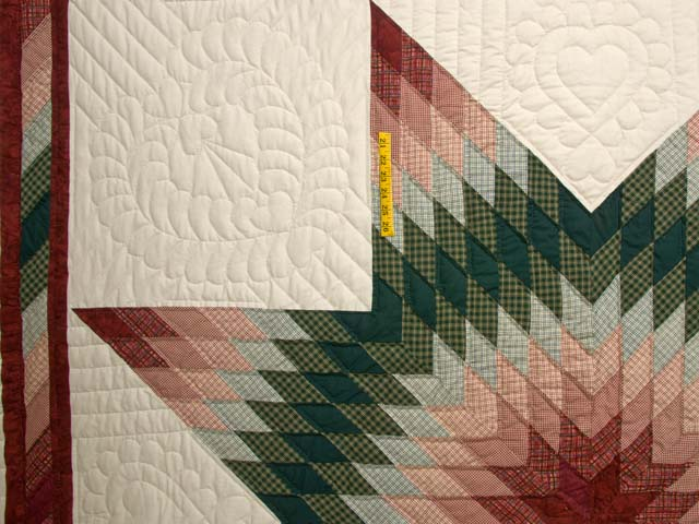 Burgundy and Green Plaid Lone Star Quilt Photo 4