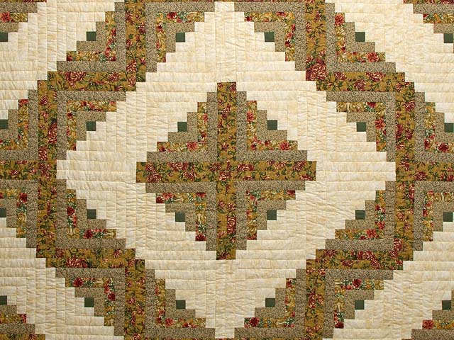 Gold and Moss Green Log Cabin Quilt Photo 3