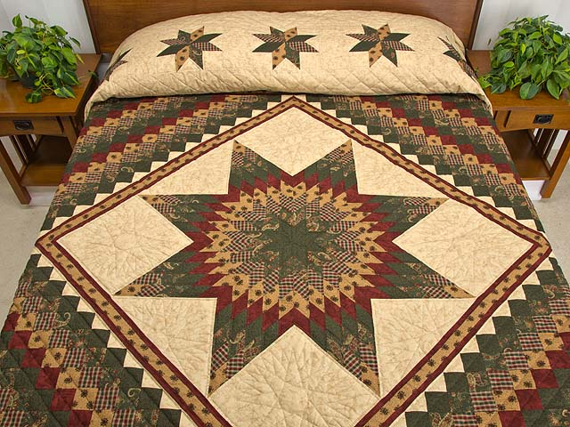 King Burgundy Green and Gold Lone Star Trip Quilt Photo 1