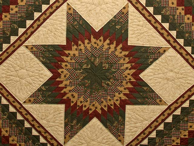King Burgundy Green and Gold Lone Star Trip Quilt Photo 3