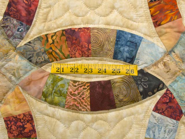 King Hand Painted Double Wedding Ring Quilt Photo 5