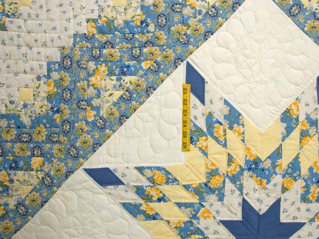 Blue and Golden Yellow Lone Star Log Cabin Quilt Photo 4