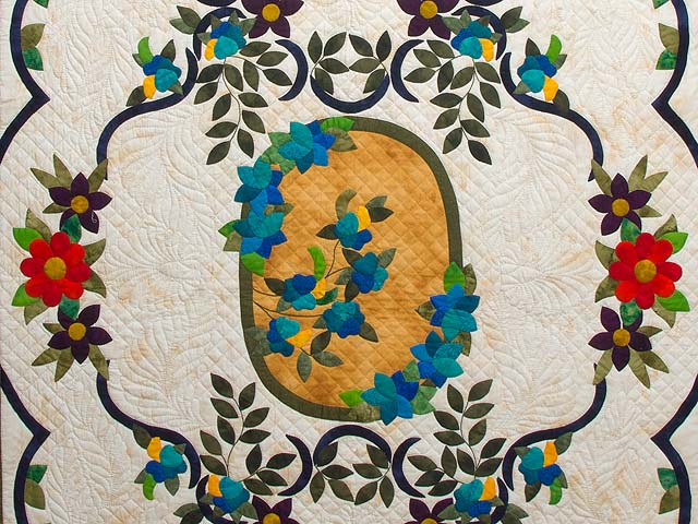 Rose of Sharon Quilt Photo 3