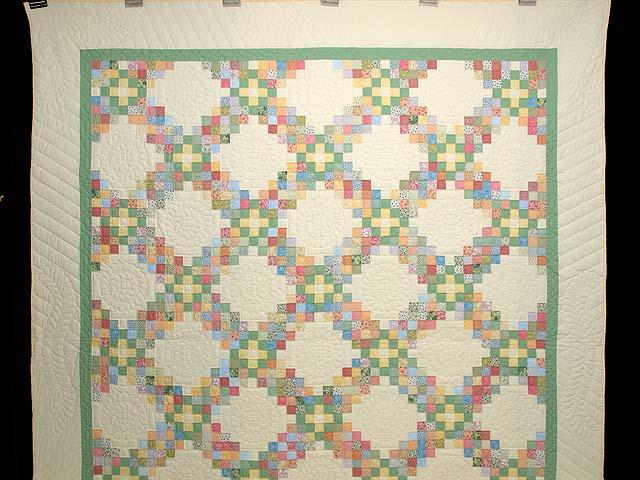 Pastel Triple Irish Chain Quilt Photo 2