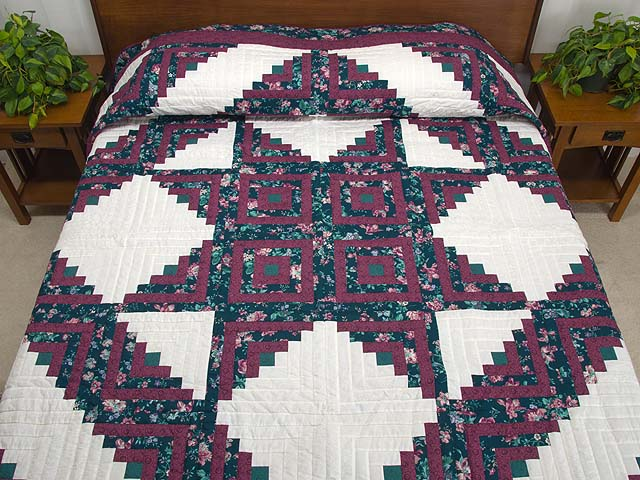 Plum Rose and Green Log Cabin Star Quilt Photo 1
