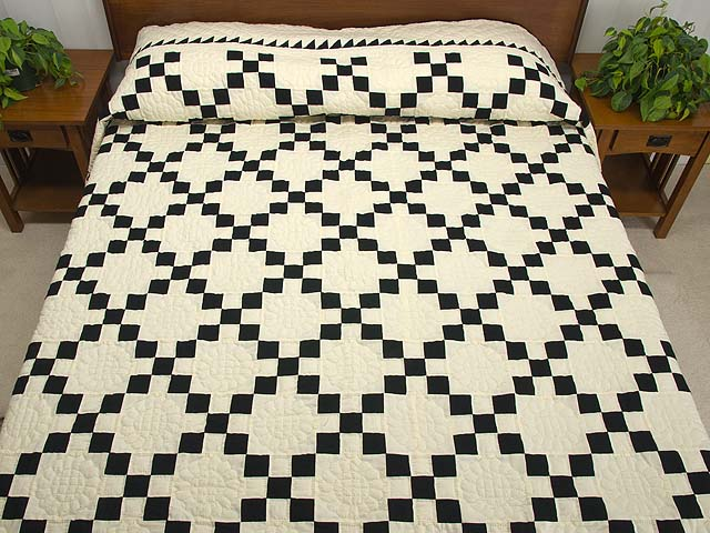 Black and Cream Nine Patch Quilt Photo 1