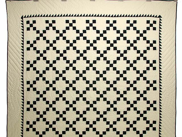 Black and Cream Nine Patch Quilt Photo 2