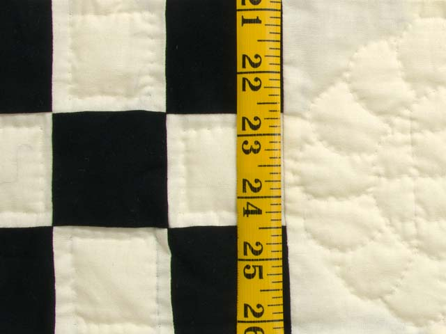 Black and Cream Nine Patch Quilt Photo 5