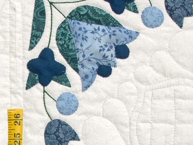 Navy Blue and Cream Love Dove Quilt Photo 6