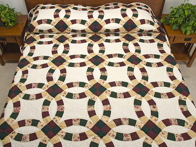 Double Wedding Ring Quilt magnificent cleverly made Amish