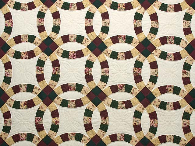 Autumn Tones Double Wedding Ring Quilt Photo 3