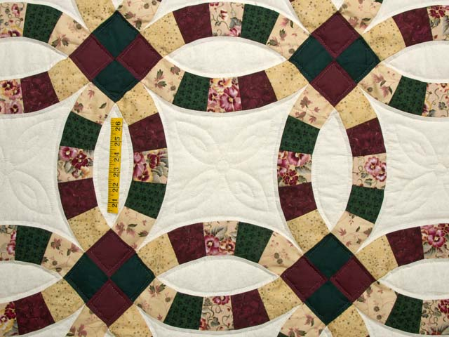 Autumn Tones Double Wedding Ring Quilt Photo 4