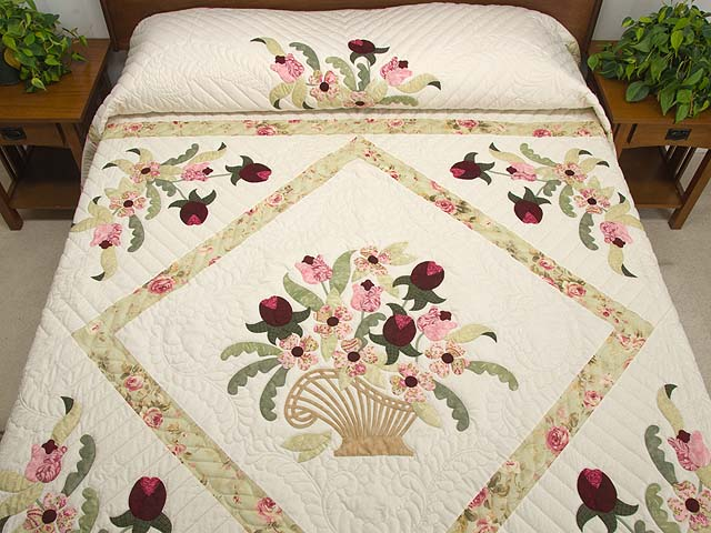 King Sea-foam Green and Rose Spring Basket Quilt Photo 1
