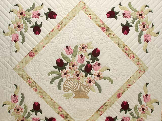 King Sea-foam Green and Rose Spring Basket Quilt Photo 3