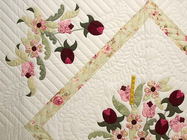 King Sea-foam Green and Rose Spring Basket Quilt Photo 4