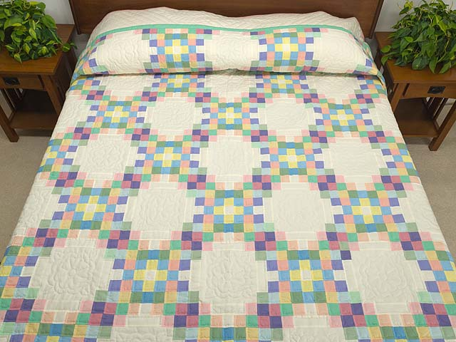 Pastel Triple Irish Chain Quilt Photo 1