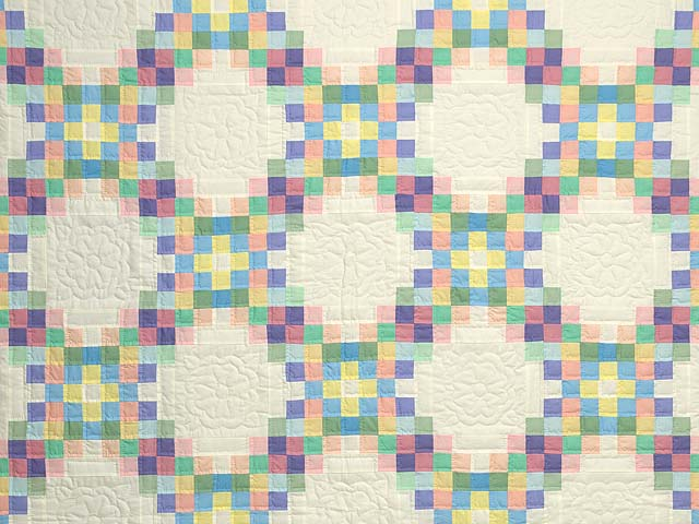 Pastel Triple Irish Chain Quilt Photo 3