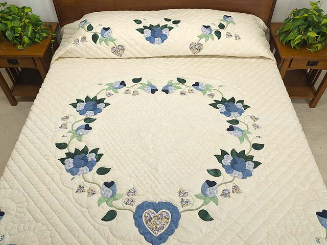King Blue Violet and Yellow Heart of Roses Quilt Photo 1