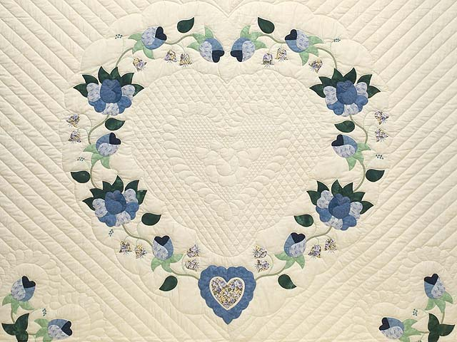 King Blue Violet and Yellow Heart of Roses Quilt Photo 3
