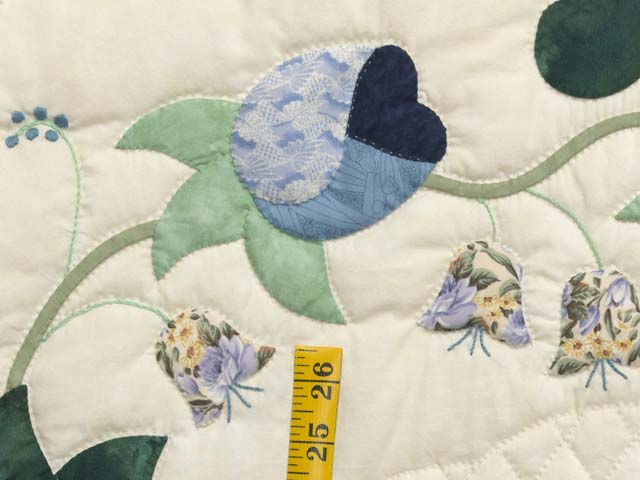 King Blue Violet and Yellow Heart of Roses Quilt Photo 5