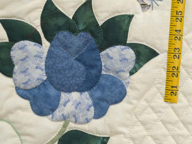 King Blue Violet and Yellow Heart of Roses Quilt Photo 6