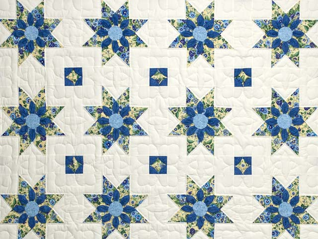 Blue Yellow and Cream Dahlia Star Quilt Photo 3