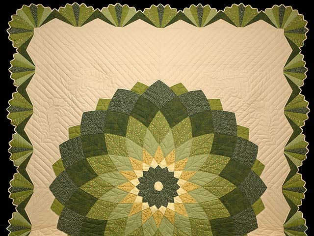 Green and Tan Giant Dahlia Quilt Photo 2