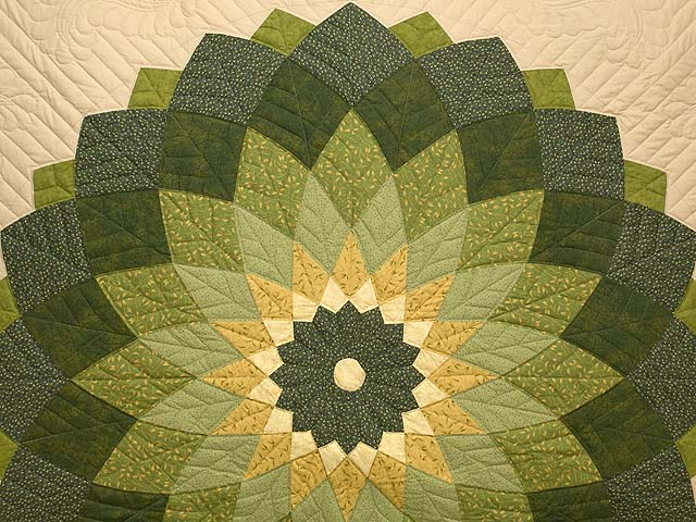 Green and Tan Giant Dahlia Quilt Photo 3