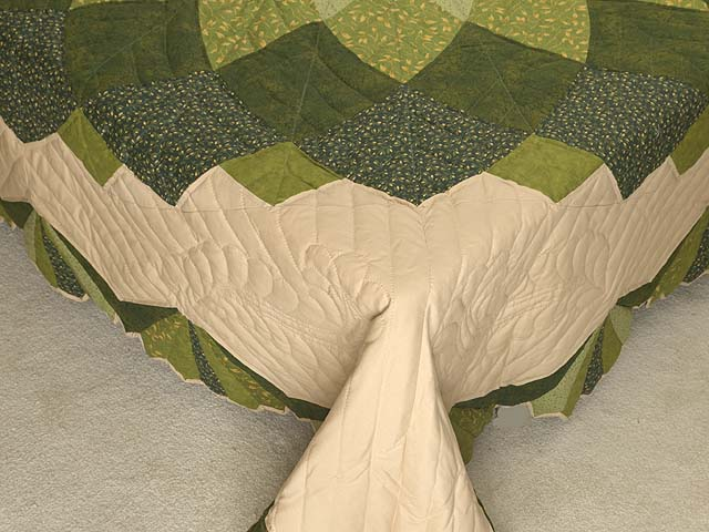 Green and Tan Giant Dahlia Quilt Photo 7