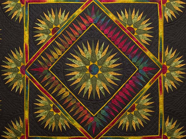 King Gold Red Moss and Black Compass Reflections Quilt Photo 3