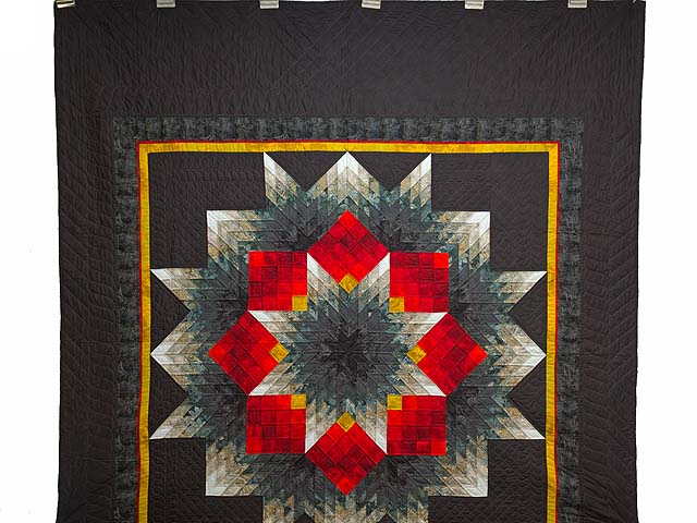 Black Red and Pewter Tumbling Star Quilt Photo 2